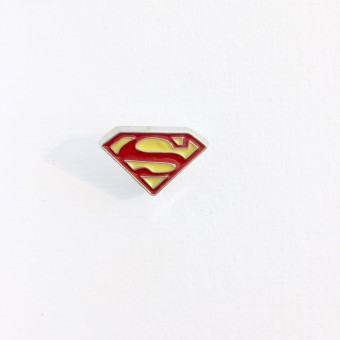 Pin Superman op postkaart